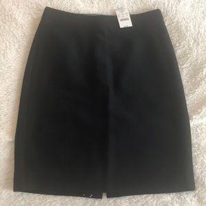 NWT - jcrew- Black Pencil Skirt